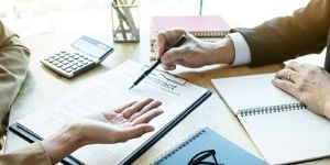Contract Management & Legal Drafting